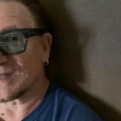 Bono compartilha mensagem com alunos do ensino primário na Irlanda
