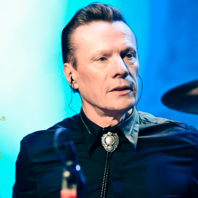 Larry Mullen Jr. é convidado a integrar a Academia do Oscar